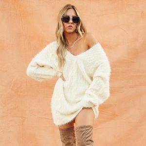 Knit Cream Sweater Dress 👗 💛